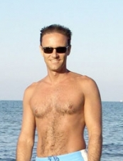 Claudio 52 y.o. from Italy
