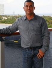 Joseph 46 y.o. from USA