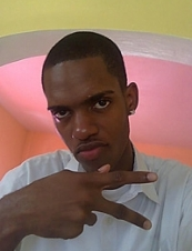 Matthew 28 y.o. from Jamaica