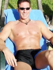 Brett 53 y.o. from USA