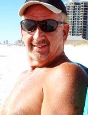 Dr. Paul Edward 69 y.o. from USA