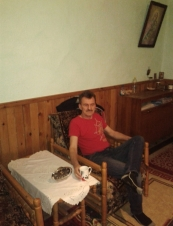 grozavu 51 y.o. from Romania