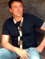 Sean 46 y.o. from UK