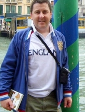 Stuart 54 y.o. from UK