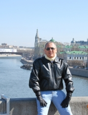 Fernando 58 y.o. from USA