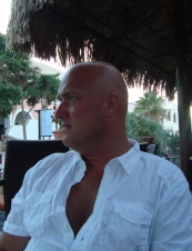 Niclas 55 y.o. from Sweden