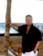 Ross 58 y.o. from UK