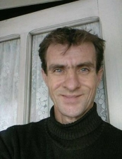 URIES 52 y.o. from Romania