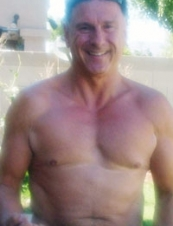 GUY 61 y.o. from USA