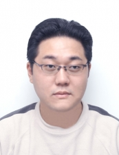 Kunwoo 43 y.o. from Poland