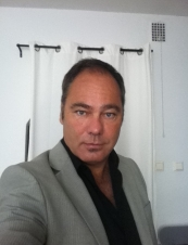 Lars 44 y.o. from Sweden